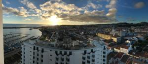 Apartamentos Solmar 15º, Apartmanok  Ponta Delgada - big - 26