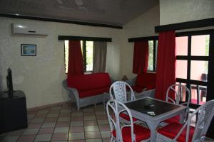Hotel Napoleon Lagune, Hotely  Lomé - big - 46