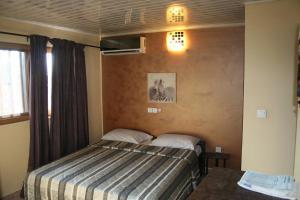 Hotel Napoleon Lagune, Hotely  Lomé - big - 59