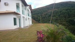 Apartamento Mirante de Escarpas, Apartments  Capitólio - big - 14