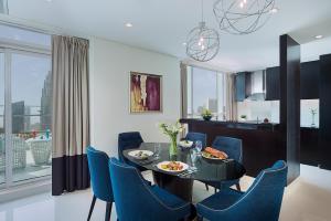 Three Bedroom Suite - Burj Khalifa View
