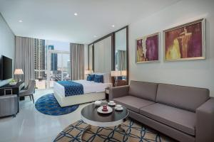 Deluxe Room with Downtown View
