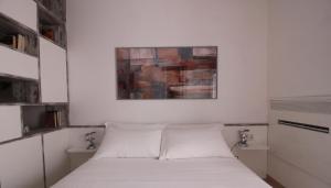 Italianway-Bligny 39 Studio, Apartmány  Miláno - big - 12