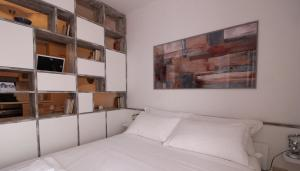Italianway-Bligny 39 Studio, Apartmány  Miláno - big - 18