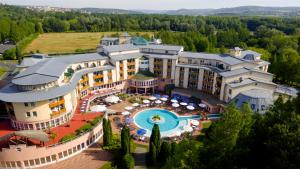 Lotus Therme Hotel & Spa, Resorts  Hévíz - big - 50
