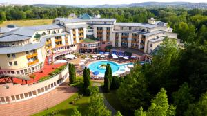 Lotus Therme Hotel & Spa, Resorts  Hévíz - big - 51