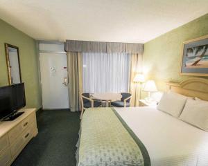 Clarion Inn Stuart, Hotel  Stuart - big - 13