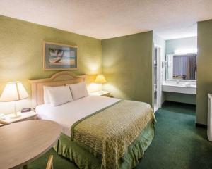 Clarion Inn Stuart, Hotel  Stuart - big - 16