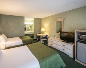 Clarion Inn Stuart, Hotel  Stuart - big - 9