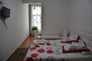 Hotel Arberia, Szállodák  Tirana - big - 9