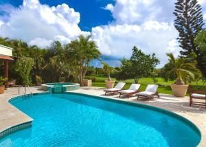 Villa Clásica de 5 dormitorios con carrito de golf incluido