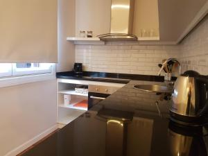 Salvo Suites, Apartmány  Montevideo - big - 53
