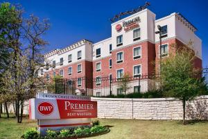 Best Western Premier Crown Chase Inn & Suites, Отели  Denton - big - 94