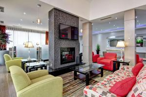 Best Western Plus Toronto North York Hotel and Suites