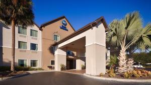 Best Western PLUS Auburndale Inn and Suites