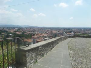 La Luna Blu in Old Town, Guest houses  Bergamo - big - 39