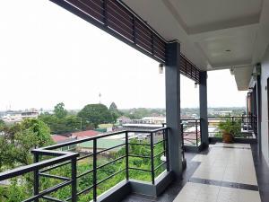 Waen Petch Place Hotel, Hotel  Ubon Ratchathani - big - 21