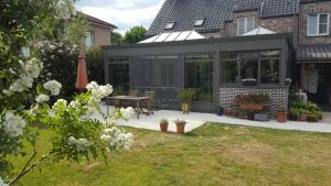 B&B La Clé du Sud, Bed & Breakfasts  Merelbeke - big - 59