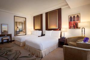 Double Room with Two Double Beds with Skyline View
