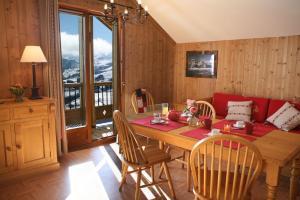 Residence Hedena Les Chalets des Cimes By Locatour, Apartmány  La Toussuire - big - 23