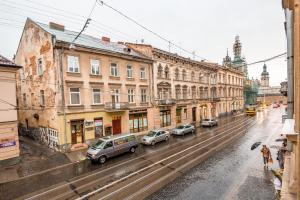 3 Bedroom apartment in Old Center, Apartmány  Ľvov - big - 28