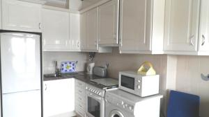 Bicos Beach Apartments AL by Albufeira Rental, Apartmanok  Albufeira - big - 124
