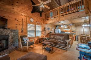 Hooker's Hideaway-Blue Ridge, Dovolenkové domy  Higdon - big - 4