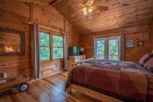 Hooker's Hideaway-Blue Ridge, Dovolenkové domy  Higdon - big - 13