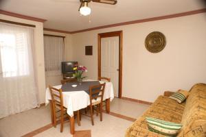 Apartment Brodarica 4194a, Apartments  Brodarica - big - 6