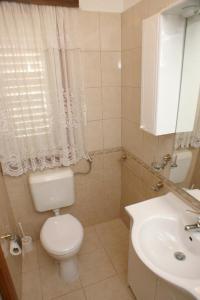 Apartment Brodarica 4194a, Apartments  Brodarica - big - 4