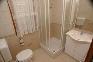 Apartment Brodarica 4194c, Appartamenti  Brodarica - big - 6