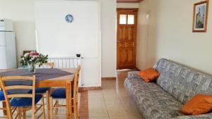 Apartment Brodarica 4194b, Apartmanok  Brodarica - big - 8
