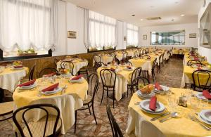 Hotel Granada - AbcAlberghi.com