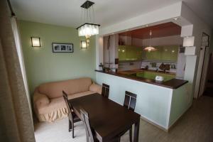 Apartment Riviera, Appartamenti  Sochi - big - 24