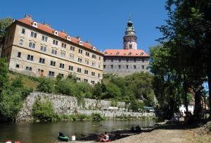 Penzion na Ostrově, Гостевые дома  Чески-Крумлов - big - 42