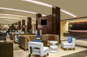 Suite Queen com 2 Camas Queen-size - Acesso a Pessoas com Mobilidade Condicionada