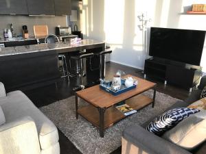 Applewood Suites - 2 BDRM King W, Apartmány  Toronto - big - 6