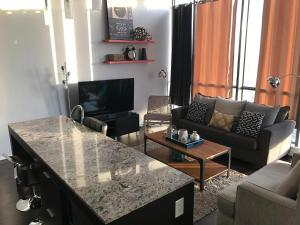Applewood Suites - 2 BDRM King W, Apartmány  Toronto - big - 12
