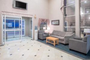 Days Inn & Suites Nacogdoches, Motelek  Nacogdoches - big - 14