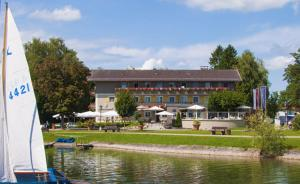 Hotel Schlossblick Chiemsee, Hotely  Prien am Chiemsee - big - 61