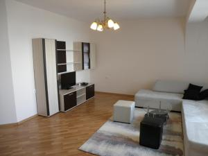 Apartments Kaloyan, Apartments  Veliko Tŭrnovo - big - 21