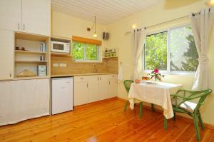 Peleg's Dream House
