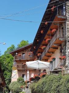Hotel Ristorante La Font, Hotel  Castelmagno - big - 33