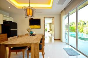 The Kiri Villas Resort, Vily  Thalang - big - 53