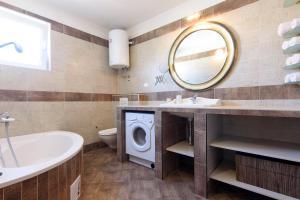 Basic apartman, Apartments  Zadar - big - 38