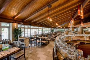 Park Hotel Marinetta, Hotely  Marina di Bibbona - big - 80