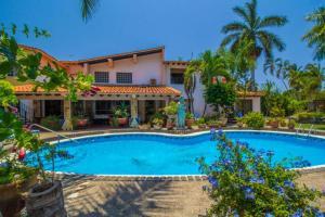 Casa Virgilios B&B, Bed & Breakfast  Nuevo Vallarta  - big - 22