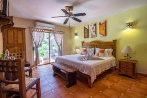 Casa Virgilios B&B, Bed & Breakfast  Nuevo Vallarta  - big - 33
