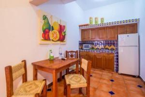 Casa Virgilios B&B, Bed & Breakfast  Nuevo Vallarta  - big - 34