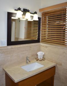 Hotel Quintas Papagayo, Hotels  Ensenada - big - 168